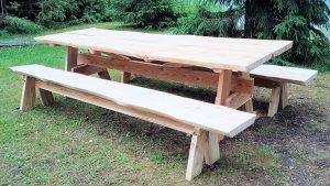 Pöytä3